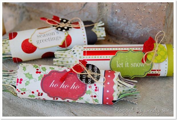 mm_cha_christmas_crackers