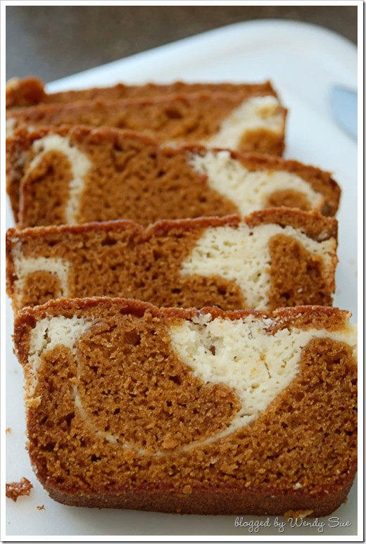 pumpkin_bread2_web