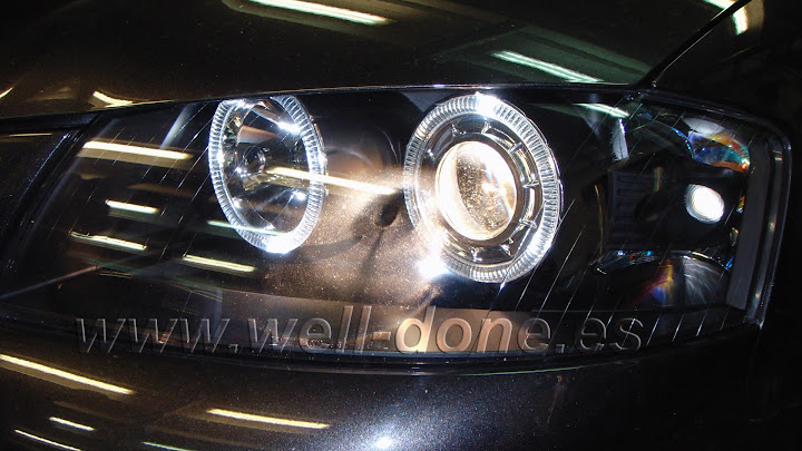 Audi A3 con Xenon welldone angel eyes LED