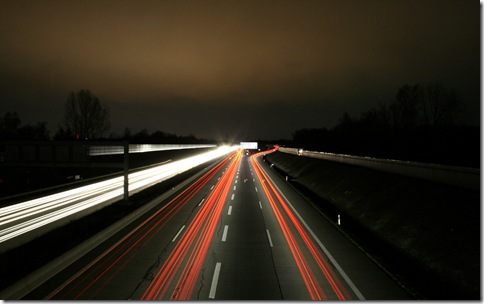 01247_highwayatnight_1680x1050
