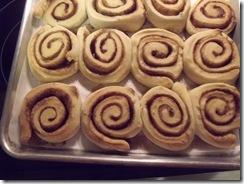 cinnamon rolls 011