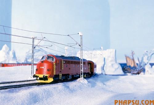 model-train-set12.jpg
