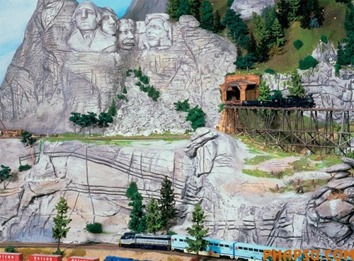 model-train-set-us12.jpg