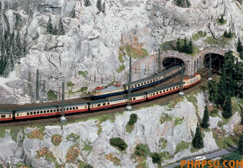 model-train-set-at11.jpg