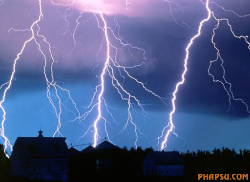 impressive_lightnings_640_19.jpg