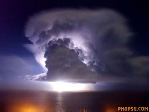 impressive_lightnings_640_20.jpg