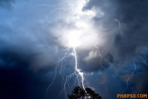 impressive_lightnings_640_28.jpg