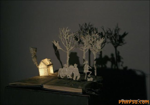 Awesome_Book_Sculptures_5.jpg