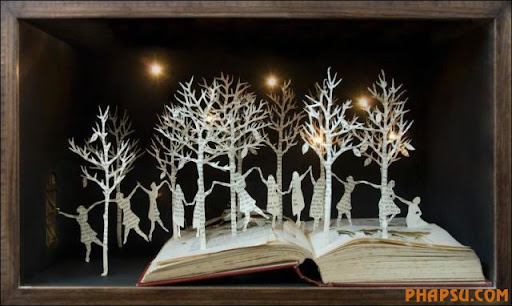 Awesome_Book_Sculptures_24.jpg