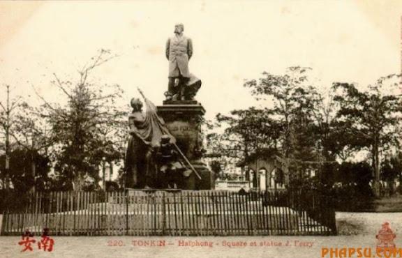 haiphong_statue_ferry.jpg