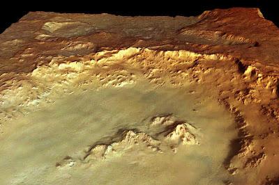 Cráter Hale en perspectiva, reducido