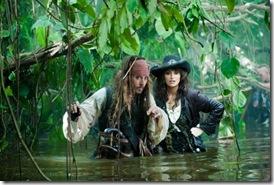 pirates-Caribbean-On-Stranger-Tides-movie-photos-06-550x366