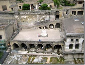 425 Herculaneum