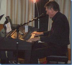Guest artist Murray Hancox playing the Yamaha Clavinova CVP-509