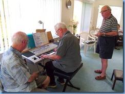Alan Wilkins enjoying Pam Rea's lovely Korg Pa80 keyboard