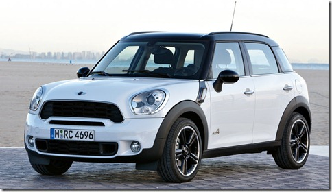 Mini-Countryman_2011_800x600_wallpaper_02