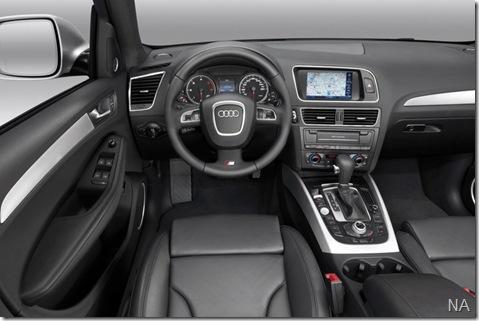 Audi-Q5_2009_800x600_wallpaper_42