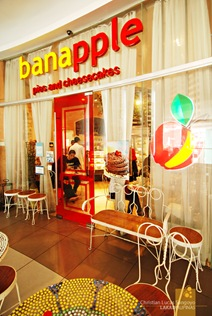 The Banapple Storefront at the Il Terrazzo