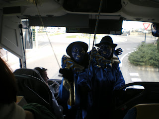 Les Pebradous viennent nous saluer avant le retour en terre Toulousaine. Merci de nous avoir fait découvrir cette tradition séculaire.