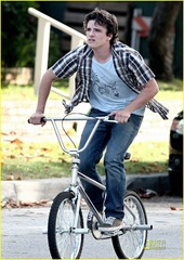 josh-hutcherson-kids-all-right-03