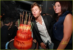 ryan-kwanten-birthday-cake-04