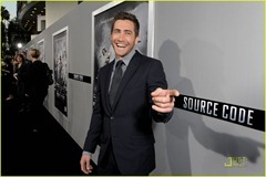 jake-gyllenhaal-michelle-monaghan-source-code-premiere-06