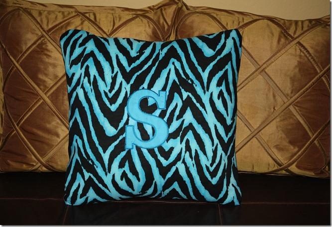 Sierra Pillow 001