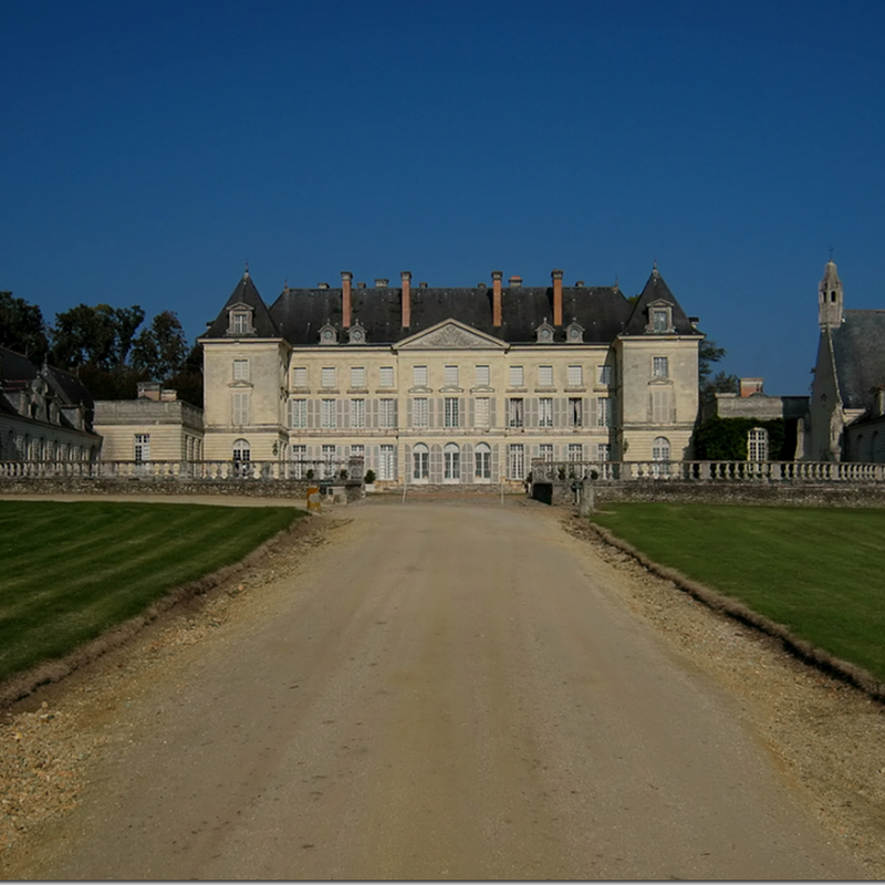 Chateau de Montgeoffroy: Same As It Ever Was