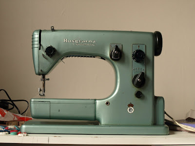 Spinning A Yarn Husqvarna Automatic Viking 40A Sewing Machine Manual Best Viking Sewing Machine Models