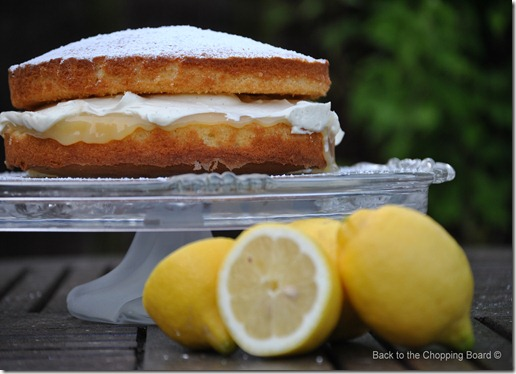 Lemon Victoria Sandwich with Lemon Curd and Limoncello Filling