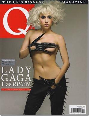 lady gaga pgando peitinho Q magazine 0