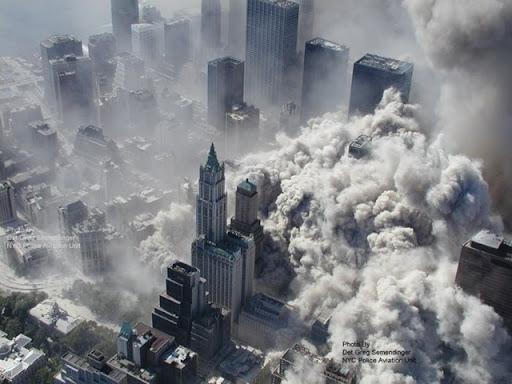 Atentados de 11 de Setembro Fotos%20Ineditas%20do%2011%20de%20setmbro%20abc%201%5B4%5D