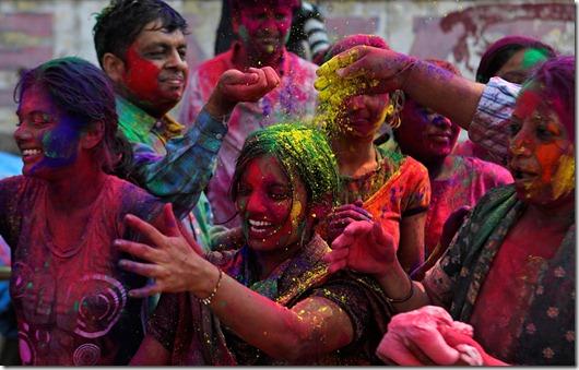 holi festival das cores india more freak show blog (14)