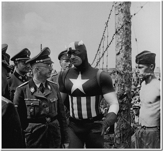 Super Hérois inseridos em foto de Contexto Histórico  (1)