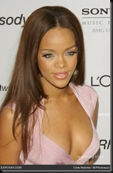 rihanna-2007-clive-davis-pre-grammy-awards-party-1UV7J8