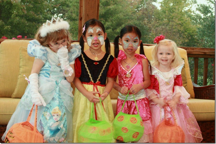 1_Halloween Girls All Four_IMG_5303