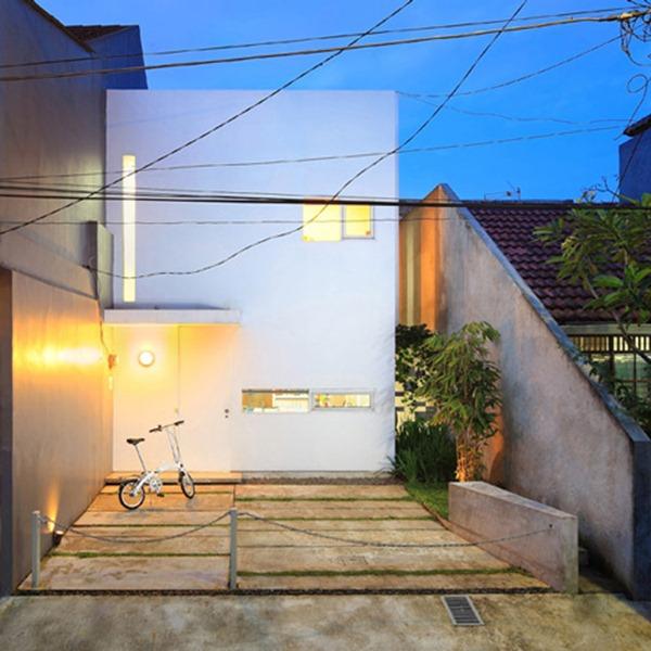 Kiris-house-by-Atelier-Riri-fachada