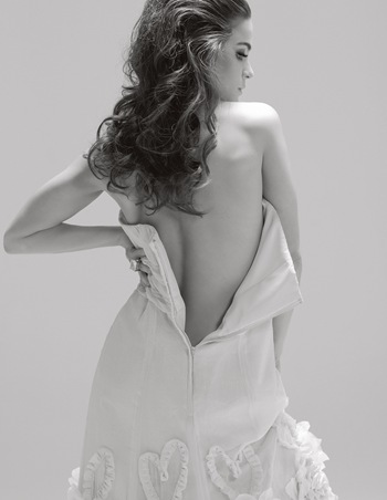 Alice Braga na revista Poder by Christian Gaul (1)