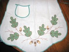 apron oak close