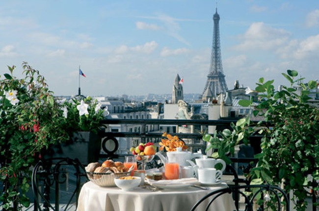 jjw-hotel-balzac-paris-royal-suite-terrace-eiffel-tower-640x425_large
