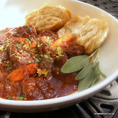 Oven-Cooked Hearty Beef and Carrot Stew