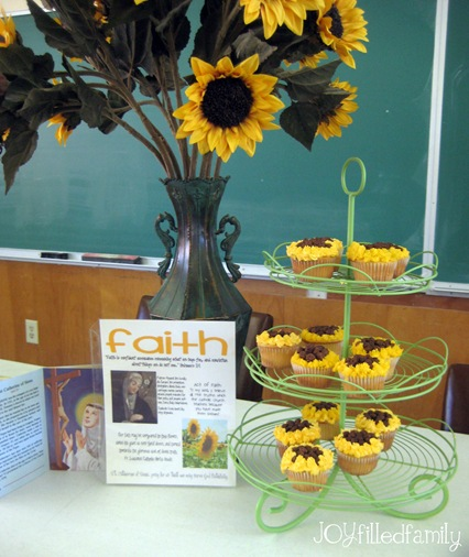 sunflower cupcake display