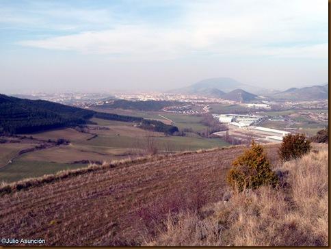 Panoramica de Pamplona desde el Castro de Urri - Ibiricu