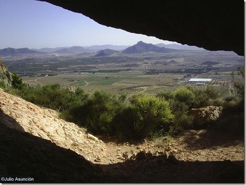 Vista del valle desde las Cuevas de la Huesa Tacaña - Villena