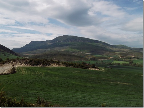 Panorámica de la peña de Izaga - Sierra de Gongolatz
