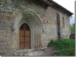 Iglesia de Iriso - ruta sierra de Gongolatz