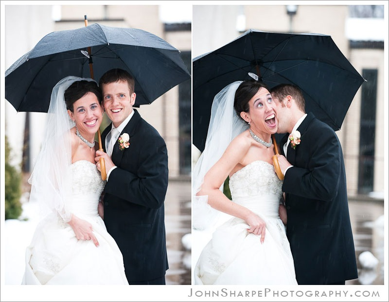 Minneapolis Wedding Photographer rain and umbrella pictures