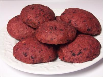 red-beet-buns 015