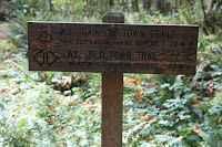 Rainbow Town Trailhead Marker Photo
