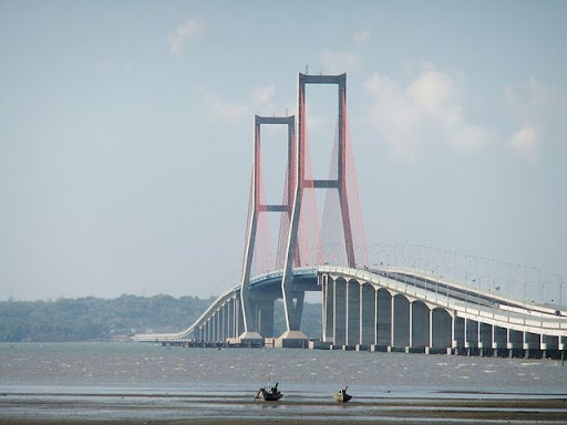 Suramadu Bridge Nasional (Indonesia)